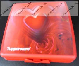 Tupperware uzsonnás doboz, Nagy, Piros szivecskés 14x12,5x5 cm
